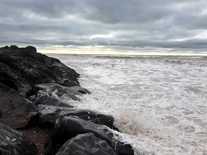 stormy-sea_saltdean-1